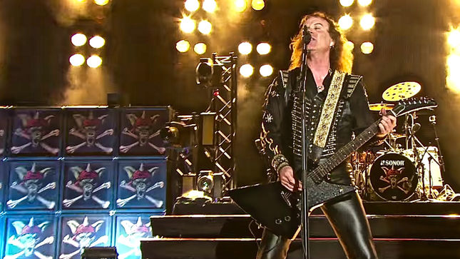RUNNING WILD to release 'Crossing The Blades' EP in December