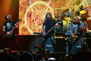 "SLAYER release ""The Repentless Killogy"" theatrical trailer"