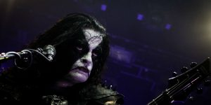 Abbath cancels South American tour after disastrous Buenos Aires show!!