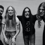 CARCASS debut new single 'Under The Scalpel Blade'!