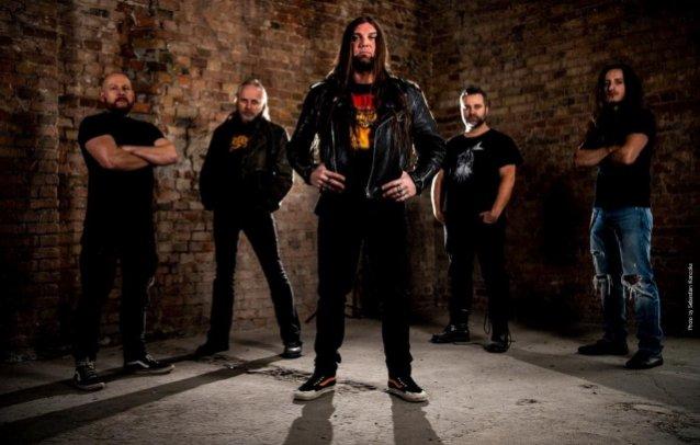 Οι Thrashers BONDED, που αποτελούνται από πρώην μέλη των SODOM και SUICIDAL ANGELS κυκλοφόρησαν το νέο single 'Suit Murderer'