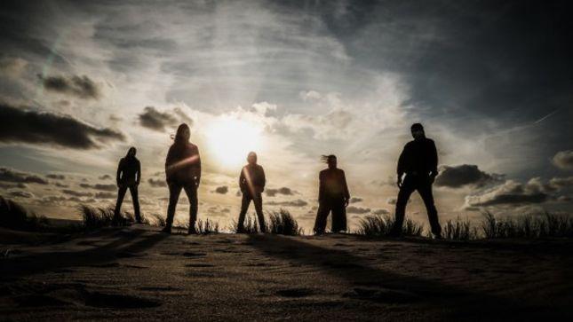 Νέο τραγούδι κυκλοφόρησαν οι DARK FORTRESS.