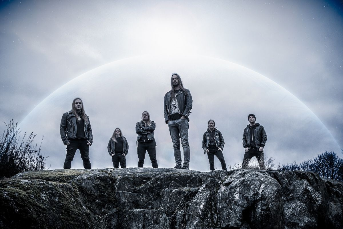 … AND OCEANS reveal album details for 'Cosmic World Mother'