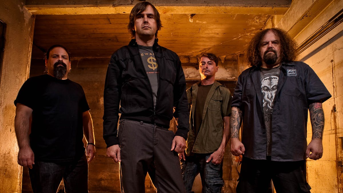 Listen To New NAPALM DEATH Song 'Logic Ravaged By Brute Force'!