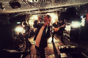 The «Live» Topic (Vol.1): Το Μεγάλο Βήμα