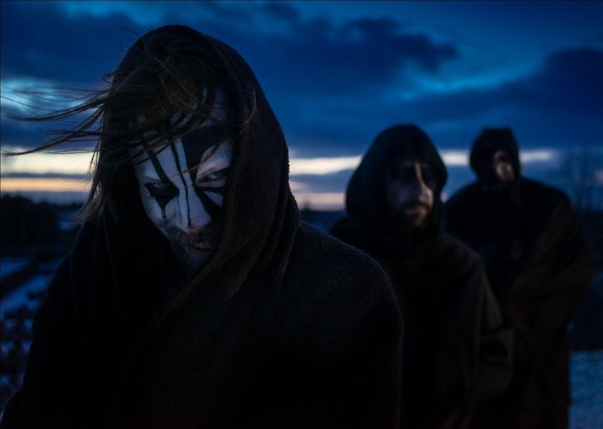 "MÖRK GRYNING announce album details for ""Hinsides Vrede""."