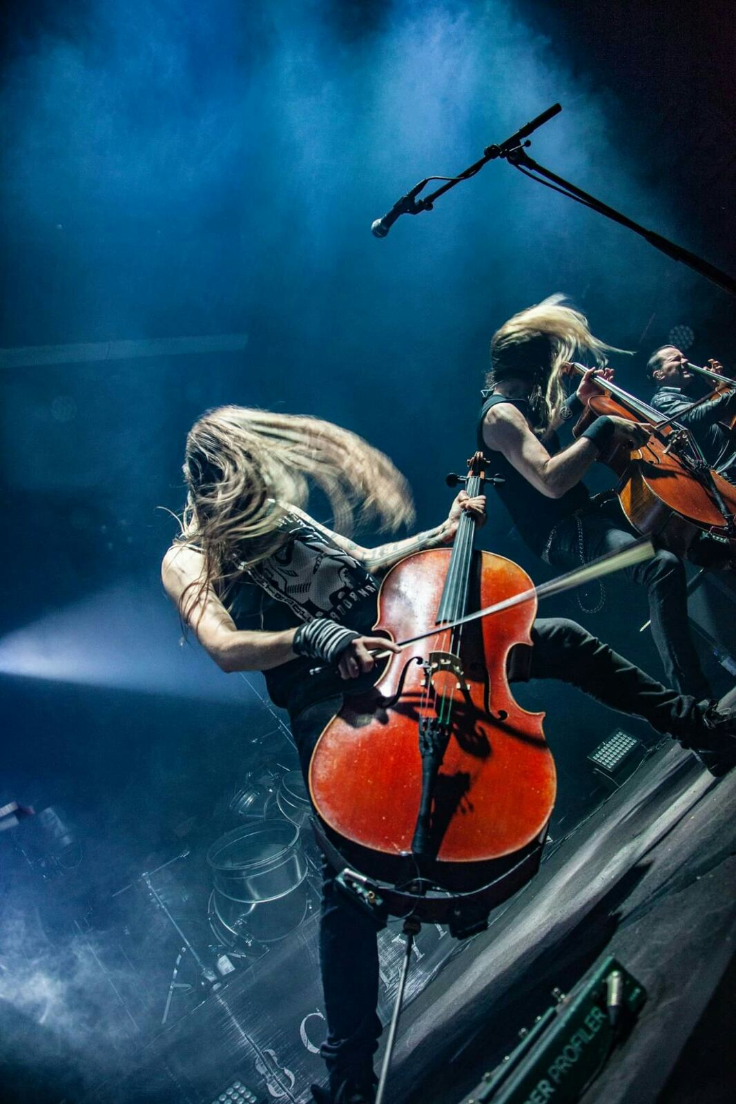 New video from APOCALYPTICA!