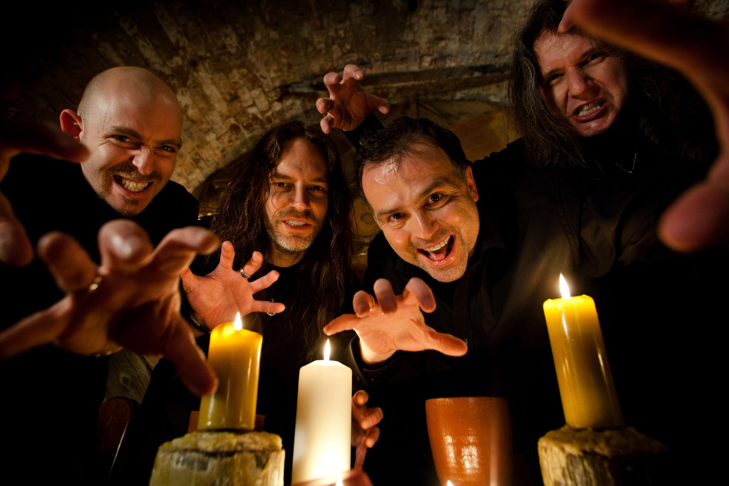 "Watch BLIND GUARDIAN Perform New Song ""Violent Shadows""!"