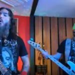 MACHINE HEAD's Robb Flynn and Jared MacEachern cover IRON MAIDEN, METALLICA and SYSTEM OF A DOWN!