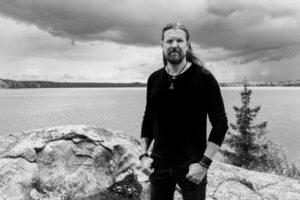 Ημερομηνία κυκλοφορίας για το project SILVER LAKE του κιθαρίστα των AMORPHIS Esa Holopainen.
