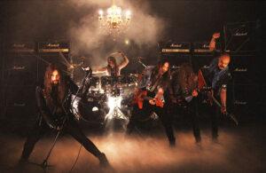 """Οι VULTURE αποκάλυψαν λεπτομέρειες για το νέο τους άλμπουμ, """"Dealin' Death""""."""