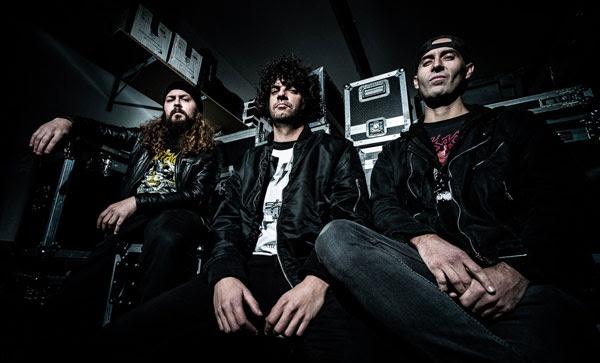 """PRAYERS OF SANITY: Κυκλοφόρησαν ένα νέο βίντεο στίχων για το νέο τους τραγούδι """"Hide Your Hate""""."""