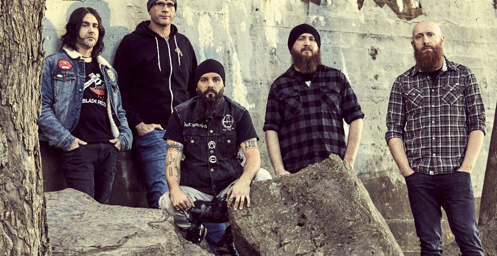 "KILLSWITCH ENGAGE : Μουσικό βίντεο για το τραγούδι τους ""Us Against the World""."