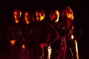 """Οι SACRED OATH παρουσίασαν βίντεο για το τραγούδι """"Empires Fall""""."""